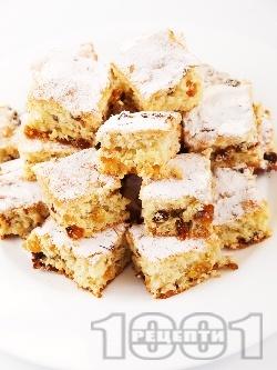 Маслен кекс без мляко със стафиди и лимонов сок - снимка на рецептата